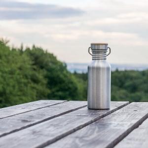 Pure Design Trinkflasche Outdoor    edelstahltrinkflasche.de